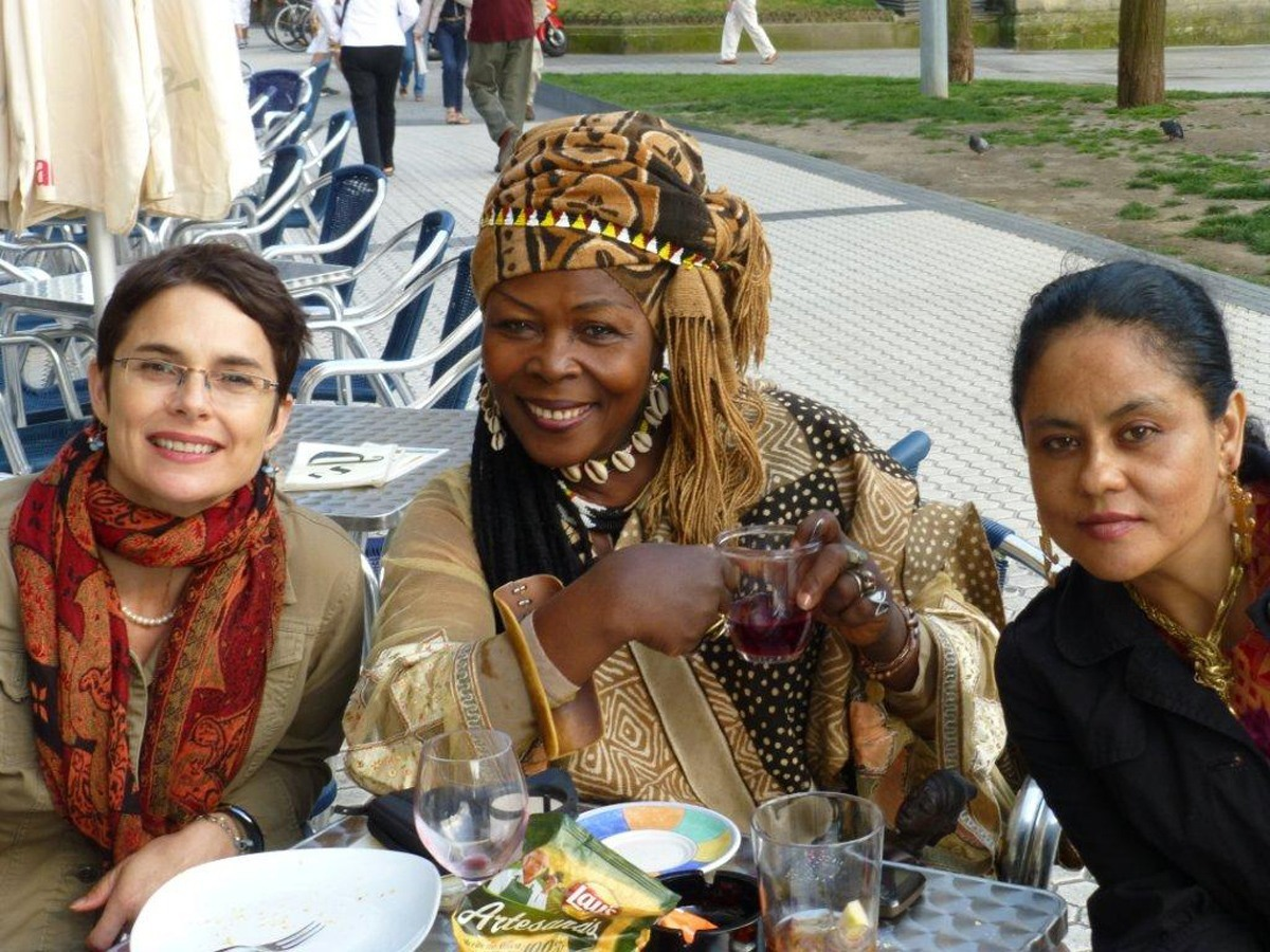 San Sebastian, Spain (with 2 other women). Photo by Karen Connelly